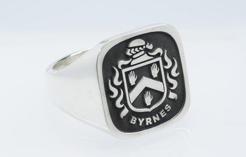 Byrnes family crest ring
