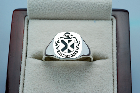 Bardrick family crest ring
