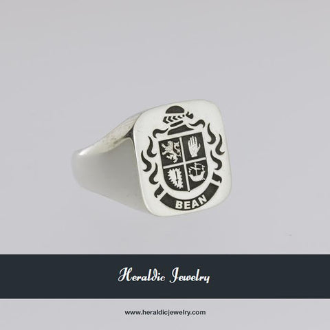 Bean family crest ring
