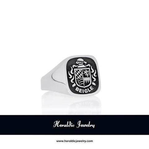 Beigle family crest ring