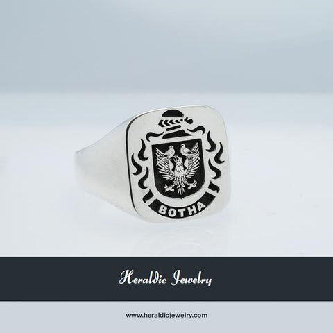 Botha family crest ring