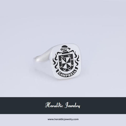 Cambell family crest ring