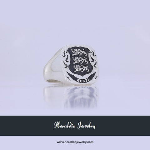 Estonia family crest ring