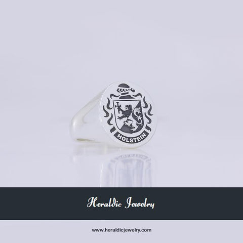 Holstein family crest ring