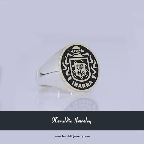 Ibarra family crest ring