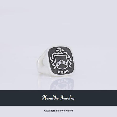 Kerr family crest ring US$245