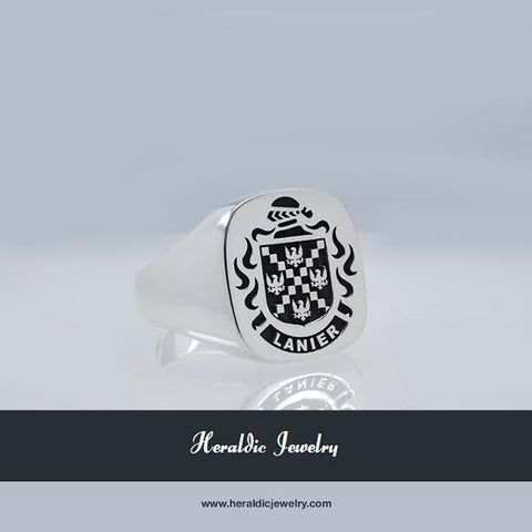 Lanier family crest ring