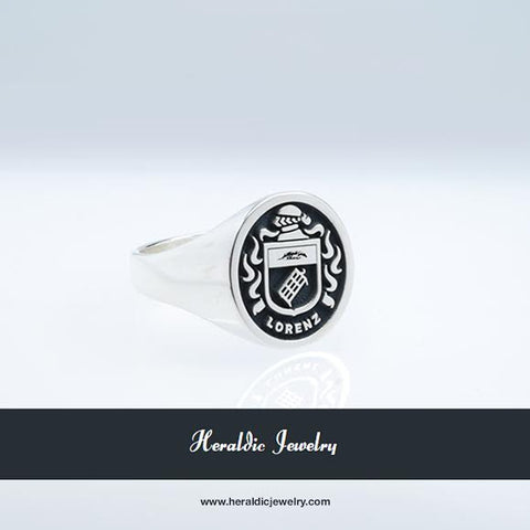 Lorenz family crest ring