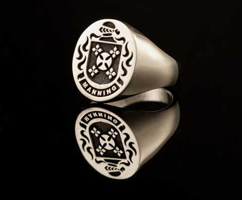 Manning family crest ring