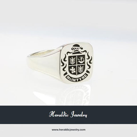 MacIntyre family crest ring