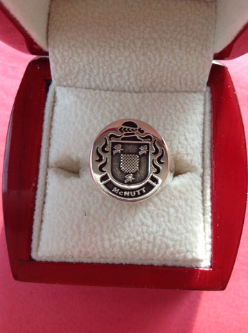 McNutt family crest ring