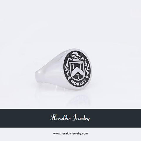 Moxley family crest ring