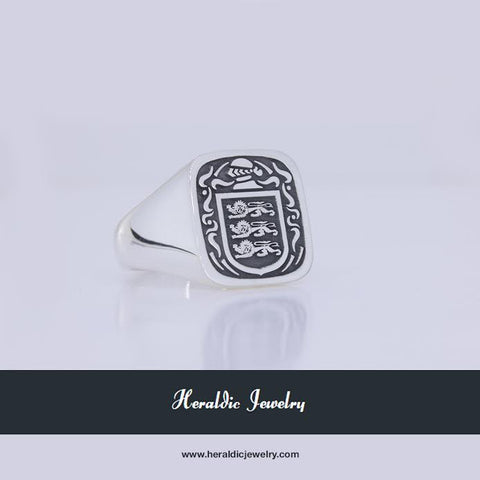 Coughlin family crest ring