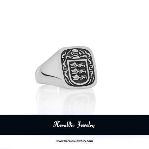 McMahon family crest ring