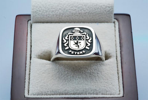 Peters family crest ring