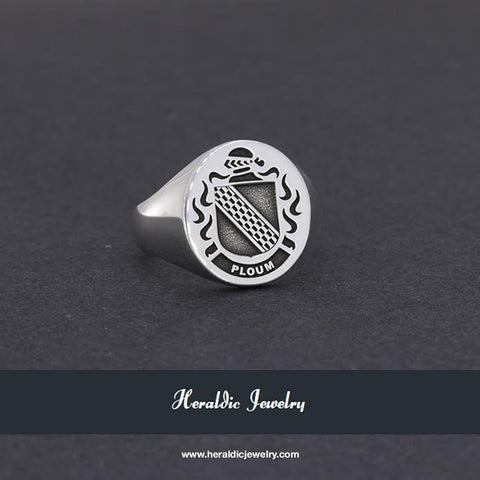 Ploum family crest ring