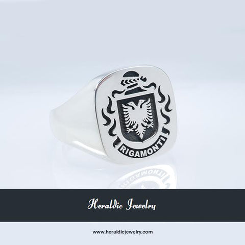 Rigamonti family crest ring