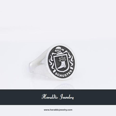 Schuster family crest ring