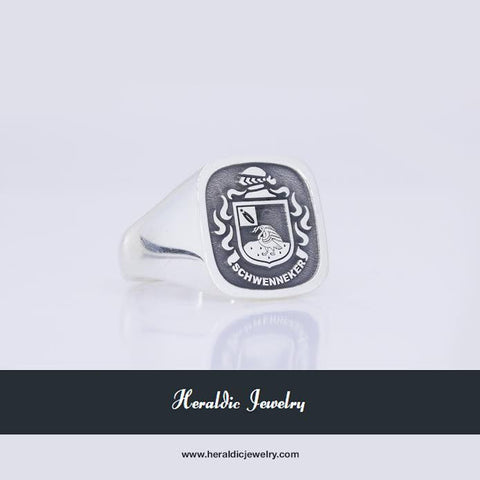 Schwenneker family crest ring