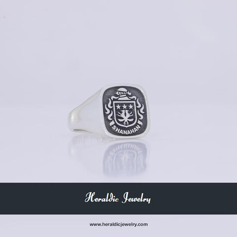 Shanahan family crest ring