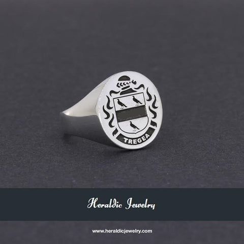 Tregea family crest ring