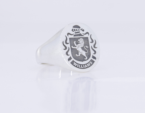 Williams silver crest ring