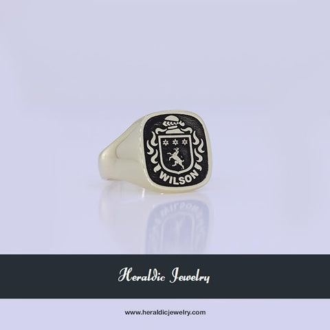 Wilson gold family crest ring