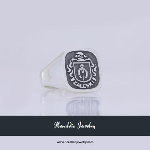 Zaleski family crest ring
