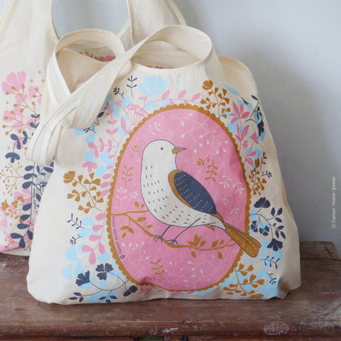 Bird on Pink background Tote Bag