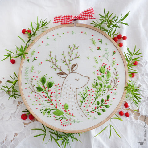 "Christmas Deer - 6"" embroidery kit"