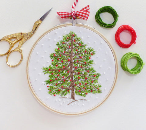 "Christmas Tree - 4"" embroidery kit"