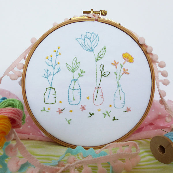"Spring Flowers - 6"" embroidery kit"