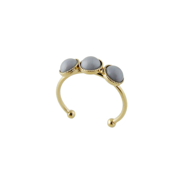 Aliquo handmade gold ring in grey