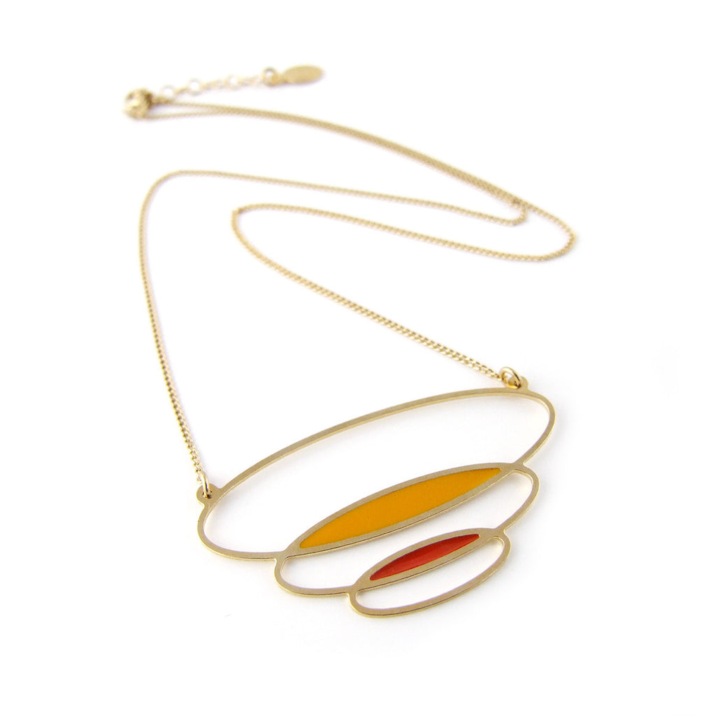 Retro inspired gold necklace