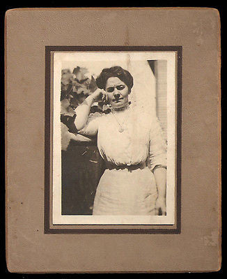 Antique Photograph Woman The Thinker Lovely Fashion Dress Casual Pose - Paperink Graphics