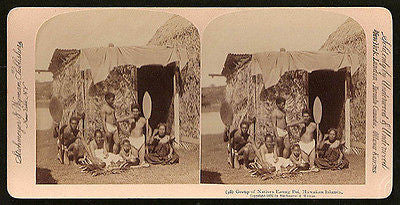 1896 Hawaii Natives Photo Stereoview Eating Poi Grass Hut Hawaiian Islands