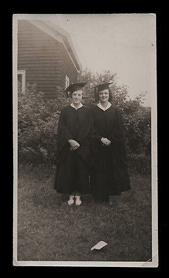 Graduate Cap & Gowns Photograph Ethel Gould Virginia Durnham Identified Glossy - Paperink Graphics