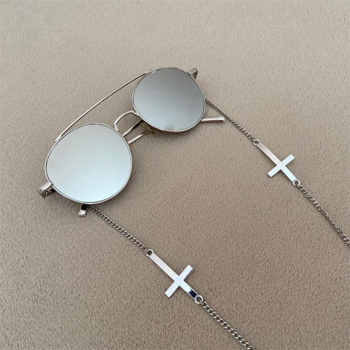 Sunglasses chain Saul