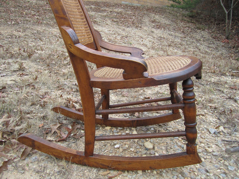 ... Antique American 19th Century Walnut Rocking Chair caned seat & back  Beautiful ... - Antique American 19th Century Walnut Rocking Chair Caned Seat & Back