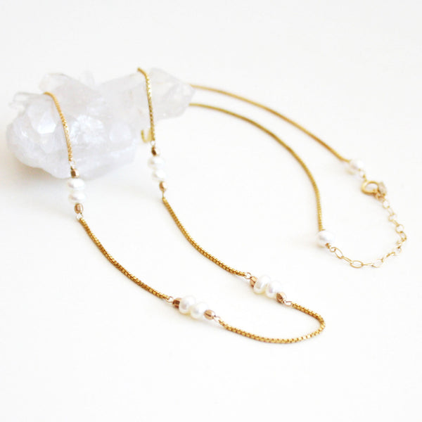 Gemstone Necklace - Pearl