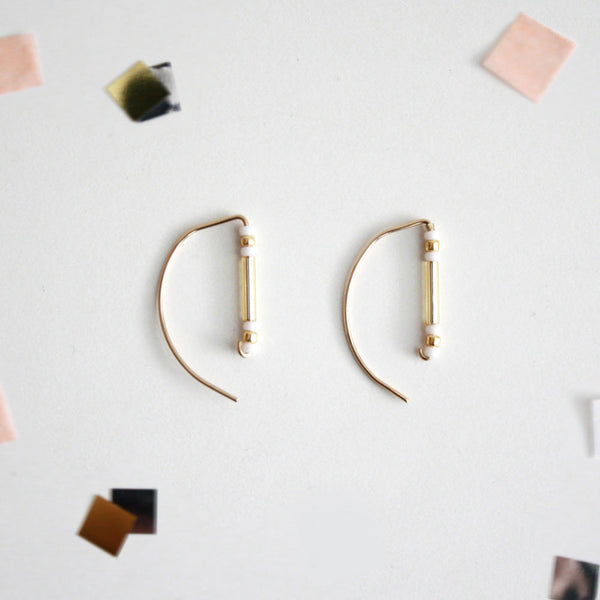 Beads Bar Threader Earrings - Semi Circle Shaped - Gold