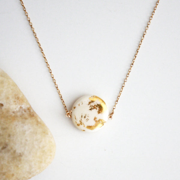Gold Leaf Necklace - Disc