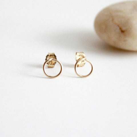 Circle Stud Earrings - 14k Gold Filled