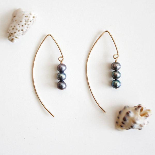 V Arc Earrings with Pearls