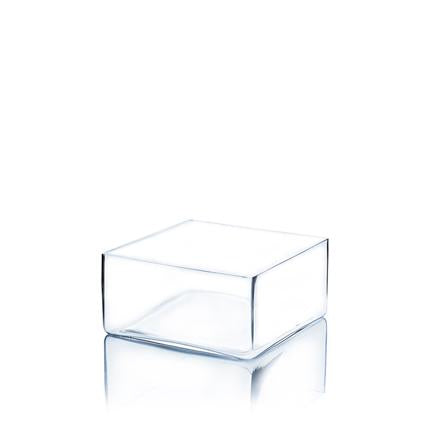 "Square vase: Height 4"", open from 6"" to 12"""