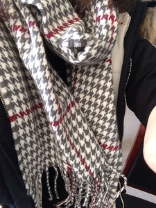 2015 New Houndstooth Scarf/Wrap