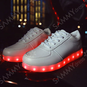 Chic Women's Athletic Shoes With Tie Up and Lights Up Led Luminous Design
