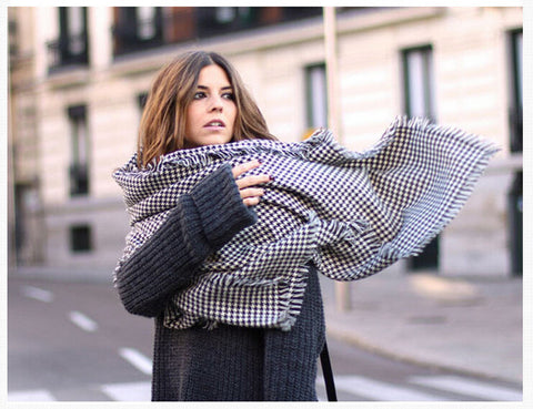 Women's Ultra Large Houndstooth Scarf/Wrap