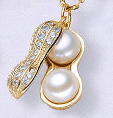 LM-N198  New   Chic  Peal   Necklace  Classic  Peanut   Pendant   Simple  and  Elegant  Alloy  Jewelry
