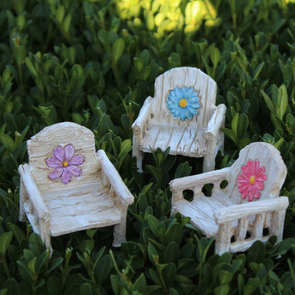 Daisy Chair (3 Colors) Fairy Garden Miniature Furniture - Baby Feathers Gift Shop